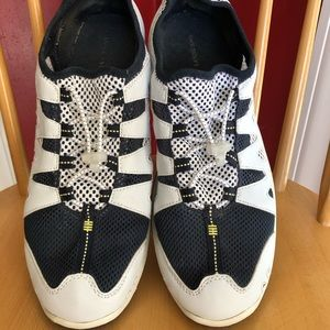 Lands' End Shoes - Lands End Water Shoes in VG Condition!!!